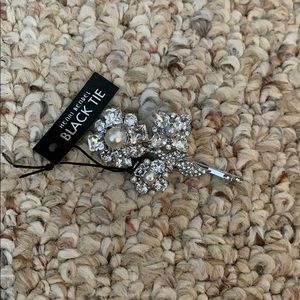 Henri Bendel Hair Pin